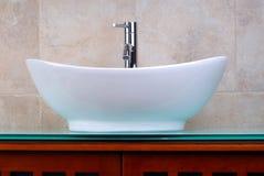 Cuarto de baño de Ensuite Foto de archivo libre de regalías