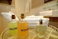 Cuarto de baño del hotel imagen de archivo libre de regalías