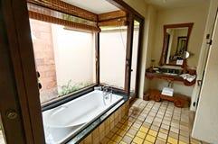 Cuarto de baño del hotel Imágenes de archivo libres de regalías