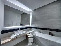 Cuarto de baño en estilo moderno Fotografía de archivo
