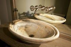 Cuarto de baño interior casero moderno único Fotografía de archivo libre de regalías