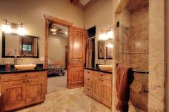Cuarto de baño lujoso Foto de archivo libre de regalías