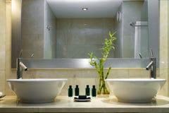Cuarto de baño moderno Fotografía de archivo libre de regalías
