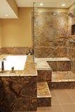 Cuarto de baño moderno. Imagen de archivo libre de regalías