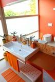 Cuarto de baño moderno de los cabritos Fotografía de archivo