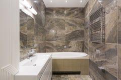 Cuarto de baño moderno del balneario Fotografía de archivo