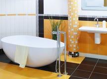 Cuarto de baño moderno del diseñador Imagen de archivo libre de regalías