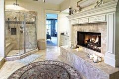 Cuarto de baño opulento 50 Imagen de archivo libre de regalías