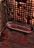 Cuarto de baño sucio y sangriento stock de ilustración