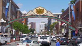 Cuarto de Gaslamp en San Diego Downtown - California, los E.E.U.U. - 18 de marzo de 2019 almacen de video