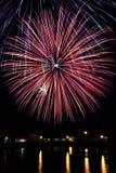 Cuarto de los fuegos artificiales de julio Imágenes de archivo libres de regalías