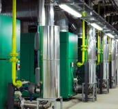 Cuartos de planta mecánica y eléctrica imagen de archivo libre de regalías