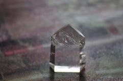Cuarzo Crystal Abstract Mood Background Gray y negro imagenes de archivo