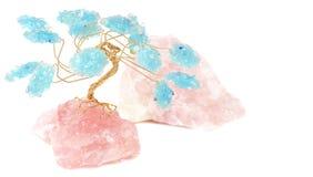 Cuarzo de Rose y árbol cristalino azul Imagenes de archivo