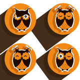 Cuatro iconos con los búhos marrones Imágenes de archivo libres de regalías