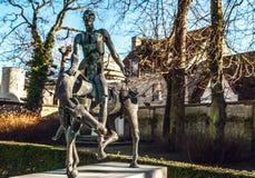 Cuatro jinetes de estatua de la apocalipsis en Brujas, Bélgica Fotos de archivo