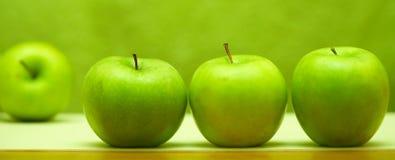 Cuatro manzanas Imagen de archivo