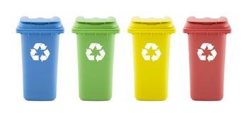 Cuatro Papeleras de reciclaje coloridas foto de archivo