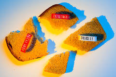 Cuatro pedazos de rebanada y de sellos del pan Fotografía de archivo libre de regalías