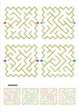 Cuatro plantillas del juego del laberinto con respuestas Fotografía de archivo libre de regalías