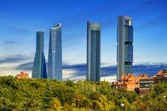 Cuatro rascacielos modernos Imagen de archivo