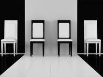 Cuatro sillas clásicas blancos y negros Imágenes de archivo libres de regalías