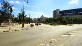 Cuba, Avana, traffico nel distretto di Habana Centro video d archivio