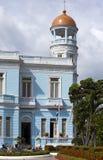 CUBA 3 DE FEBRERO DE 2013: Palacio azul, hotel Palacio Azul, construido en 1920, Cienfuegos cuba imagenes de archivo