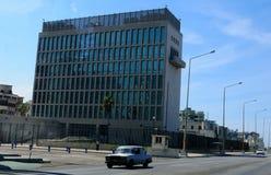 Cuba: De ons-Ambassade in Havanna eist om onder acustic aanval te zijn stock fotografie