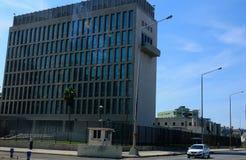 Cuba: De ons-Ambassade in Havanna-Stad Stock Foto