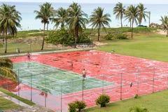 CUBA, HAVANA - 5 DE MAIO DE 2017: Ideia do campo de tênis Copie o espaço para o texto imagens de stock royalty free