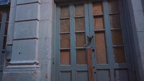 CUBA, HAVANA - OCTOBER 15, 2016: city tour, visit the main attractions of the colonial period in Cuba. The old streets stock footage