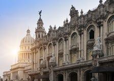 cuba Het Capitoolgebouw en het Grote Theater van Havana royalty-vrije stock fotografie