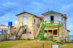 Cuba, krottenwijken in het kustdeel van het eiland royalty-vrije stock fotografie
