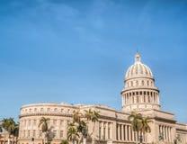 Cuba La Habana vieja con el capitolio Imagen de archivo libre de regalías