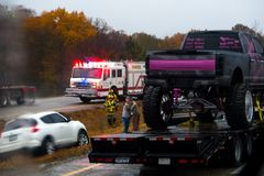 CUBA, MISSOURI - NOVEMBER 5, 2018 - Traffic accident on interstate 44 on a rainy day with police and fire department on site. royalty free stock photos