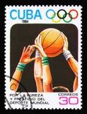 Cuba mostra la pallacanestro, 23th giochi olimpici dell'estate, Los Anbgeles 1984, U.S.A., circa 1984 Fotografie Stock Libere da Diritti