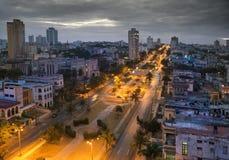 cuba Notte Avana La vista superiore sui presidenti del viale Immagini Stock Libere da Diritti
