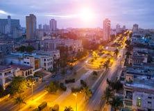 cuba Notte Avana La vista superiore sui presidenti del viale Fotografie Stock Libere da Diritti