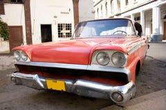 Cuba. Oude auto in Havana. Royalty-vrije Stock Foto