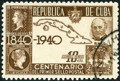 CUBA - 1939: toont Sir Rowland Hill 1795-1879, Kaart van Cuba en Eerste Zegels royalty-vrije stock afbeelding