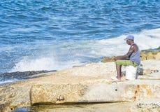 Cubaanse visser in Havana Royalty-vrije Stock Foto's