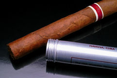 Cuban cigar closeup (2) Royalty Free Stock Image