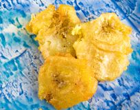 Cuban Cuisine: Chips of deep-fried green bananas Royalty Free Stock Photography