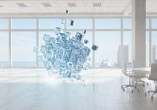 Cube dans le bureau moderne Media mélangé Photos libres de droits