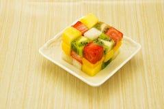 Cube en fruit image stock
