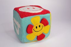 Cube en jouet Photos libres de droits