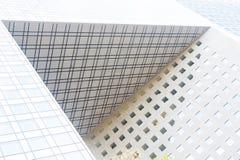 Cube o dossel no distrito da defesa do la de Paris, França Imagem de Stock Royalty Free