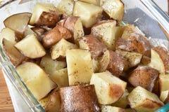 Cubed coció las patatas Imagen de archivo