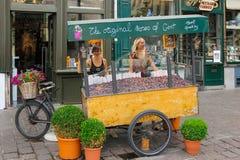 Cuberdons Carretto di Candy gand belgium fotografia stock libera da diritti